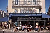 France, Paris, Les Halles district, Montorgueil street, Terrace of the coffee restaurant La Pointe
