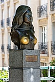 France, Paris, 18th District, The bust of the singer Dalida on Dalida Square
