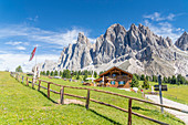 Malga Casnago (Gschnagenhardt) hut at foot of the Odle mountains, Val di Funes, South Tyrol, Dolomites, Italy, Europe