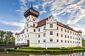 Schloss Hohenkammer in Oberbayern, Bayern, Deutschland