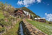 Hohlweg alley to old mountain farms in Innervillgraten, Villgratental, East Tyrol, Tyrol, Austria