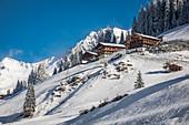 Alte Bergbauernhöfe im hinteren Villgratental, Osttirol, Tirol, Österreich