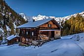 Old mountain hut on the Oberstalleralm in the Arntal, Innervillgraten, Villgratental, East Tyrol, Tyrol, Austria