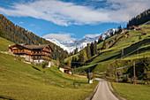Alte Bergbauernhöfe im hinteren Villgratental, Innervillgraten, Osttirol, Tirol, Österreich