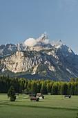 Mieminger Gebirge von der Ehrwald-Schanz, Außerfern, Tirol, Österreich