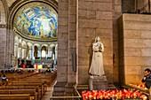 France, Paris, Montmartre hill, Sacre Coeur Basilica