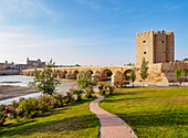Roman Bridge of Cordoba and Guadalquivir River, UNESCO World Heritage Site, Cordoba, Andalusia, Spain, Europe