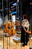 Instrumentenausstellung im Musikmuseum Ringve, Trondheim, Norwegen