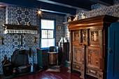 Epoch style room in the Cultuur Historisch Museum Sorgdrager, Hollum, Ameland, West Frisian Islands, Friesland, Netherlands, Europe