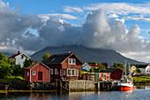 Holzhausdorf Nes auf der Insel Vega, Norwegen