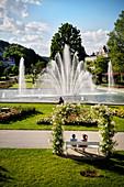 "Multimedia Brunnen im Rosengarten von Bad Kissingen, UNESCO Weltkulturerbe ""Bedeutende Kurstädte Europas"", Unterfranken, Bayern, Deutschland"