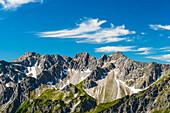 Mountain panorama from Fellhorn, 2038m, to Schüsser, 2259m, Hochgehrenspitze, 2251m and Walser Hammerspitze, 2170m, Allgäu, Bavaria, Germany, Europe