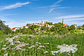 View of the village of Altenstein with castle and church, municipality of Markt Maroldsweisach, district of Haßberge, Lower Franconia, Bavaria