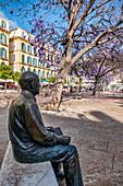 Picasso statue, Plaza de la Merced, Malaga, Costa del Sol, Malaga Province, Andalusia, Spain, Europe