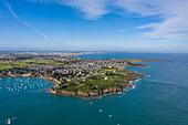 Atlantic coast at Saint Coloumb, Brittany, France