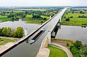 Wasserstraßenkreuz Magdeburg, Mittellandkanal leads over the Elbe, longest trough bridge in Europe, Hohenwarthe, Saxony-Anhalt, Germany