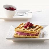Quark waffles with raspberry cream