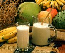 Batido de platano (banana milkshake, S. America)