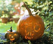 Two pumpkin lanterns for Halloween