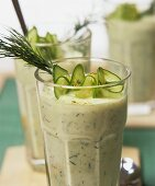 Cucumber shake with dill