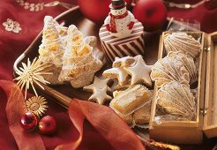 Bear's paw biscuits, lemon bars, cinnamon stars & gingerbread