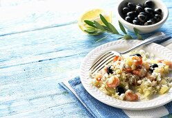 Pilaw with shrimps and olives (Greece)