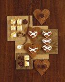 Christmas baking (Parisan hearts, vinegar squares) & Eiskonfekt