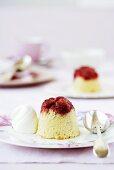 Raspberry pudding with cream