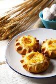 Kalitsounia (mini cheese pies for Easter, Crete)