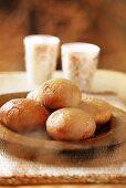 Doughnuts with honey sauce
