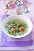 Pea soup with rice and meatballs (France)