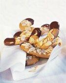 Almond crescents