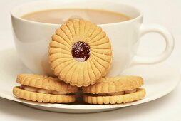 Jam-filled biscuits