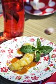 Grilled toffee banana with mint