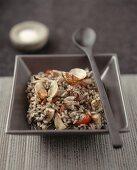 Black seafood paella