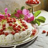 Meringue cake with raspberry cream