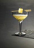 Martini in suspension (molecular gastronomy)