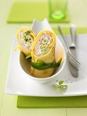 Pancake wraps with Chinese cabbage