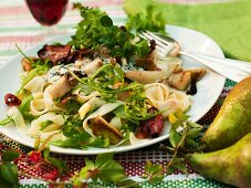 Tagliatelle with gorgonzola and pears