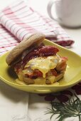 An English muffin with lobster benedict (USA)