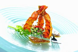 Grilled prawns with peanut sauce (Asia)