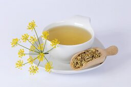 Fennel tea, fennel flowers and fennel seeds
