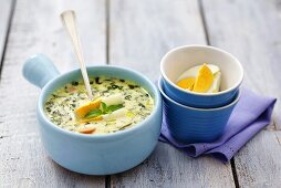 Oregano soup with boiled egg