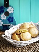 Chicken and sweetcorn pies in bread basket