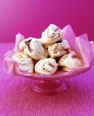 Meringues with raspberries, coconut and almonds