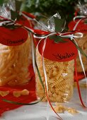 Pasta with Italian coloured decoration as a present