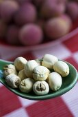 Lotus seeds and lychees