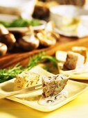 Mushroom and cheese fondue with croutons