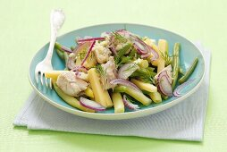 Bean salad with smoked mackerel, cheese, onions and dill