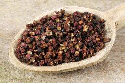 Sichuan pepper or Szechuan pepper (Zanthoxylum piperitum)
